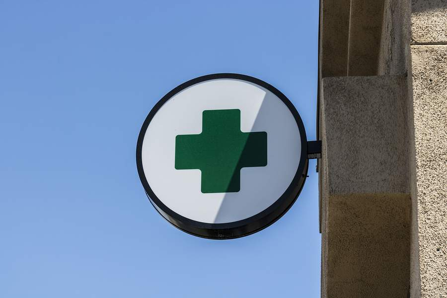 The Green Cross Cannabis Shop Icon