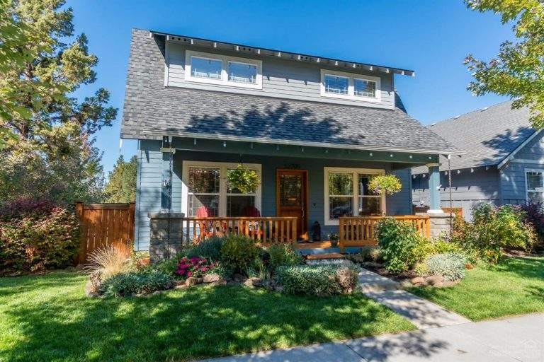Mountain View Neighborhood Bend nice craftsman style home