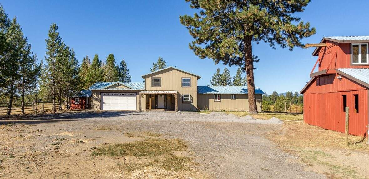 16755 Elk Court, La Pine beautiful ranchette in Central Oregon