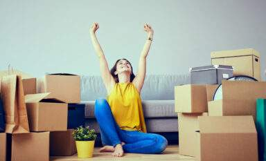 woman enjoying successful relocation to Eugene, Oregon