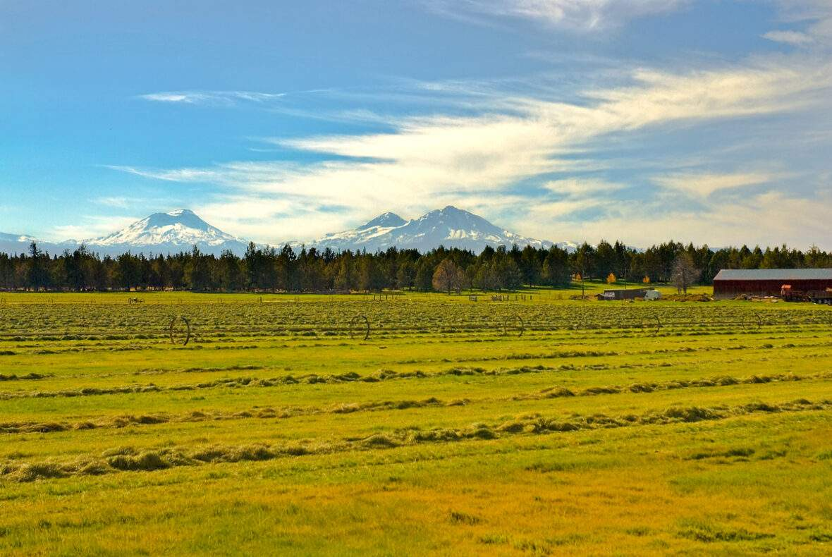 Oregon ranch with Three Sisters Skyline