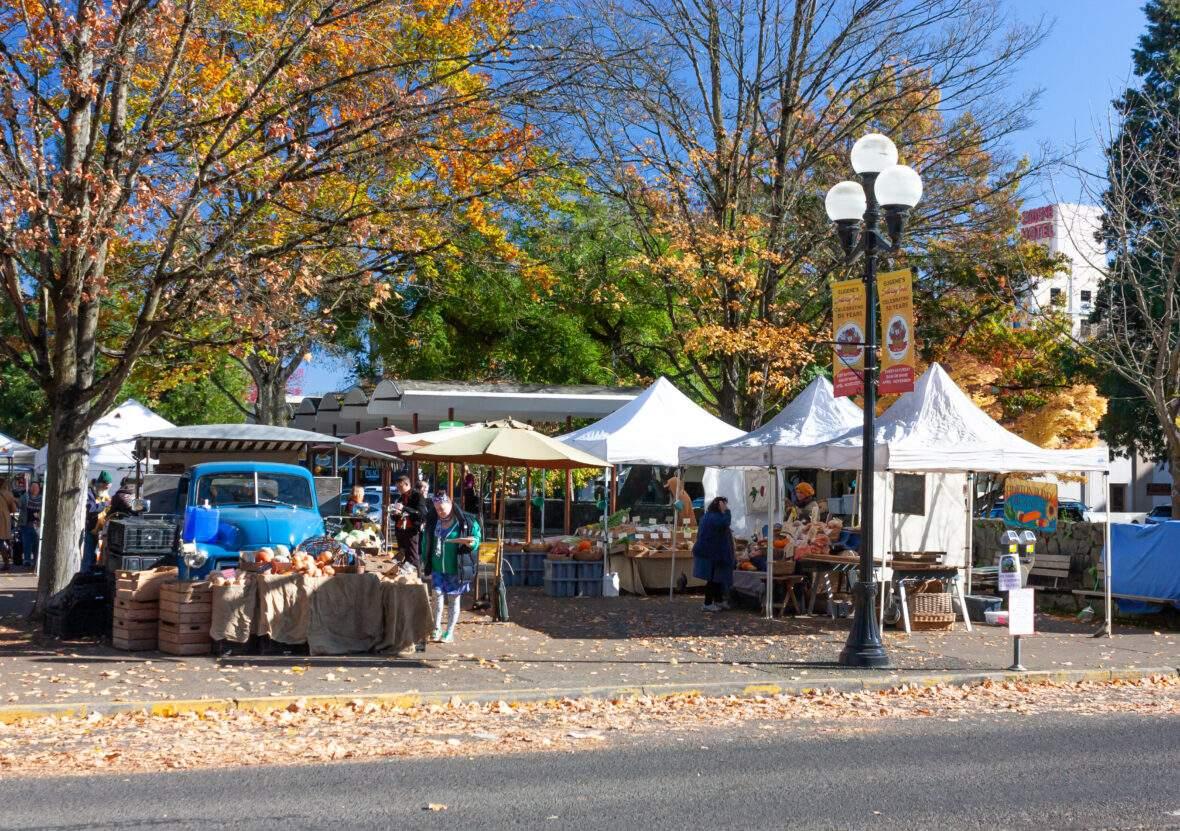 Saturday Farmer's Market Eugene, Oregon